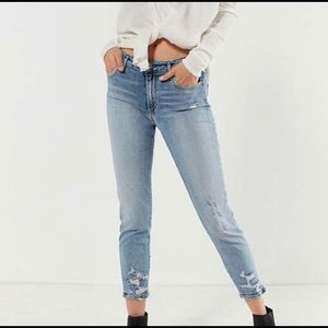 Sophie High Rise Distressed Cropped Skinny…